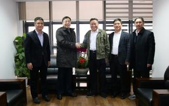 浙江省工商联党组成员、副主席赵小敏一行莅临银亿集团进行慰问与调研